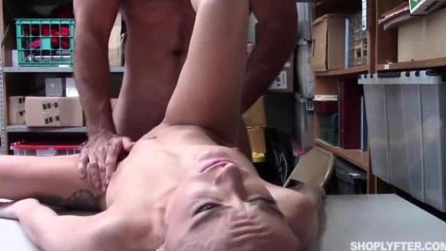 erotyczne filmy hd