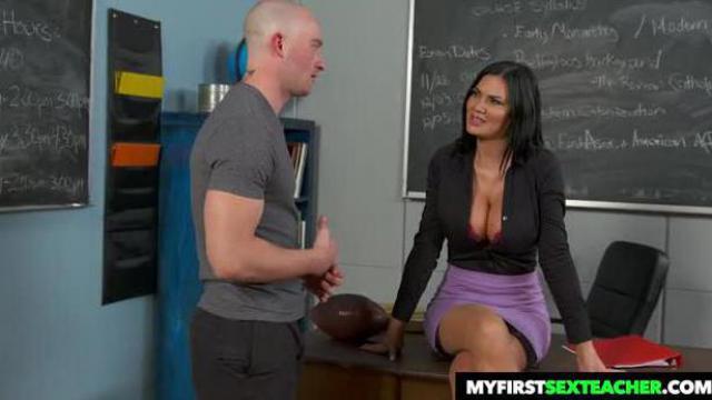 Nauczycielka ukarała ucznia za nieprzygotowanie